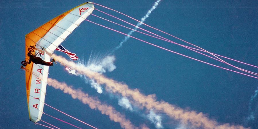 Dan Buchanan's Pyro Lit Hang Glider
